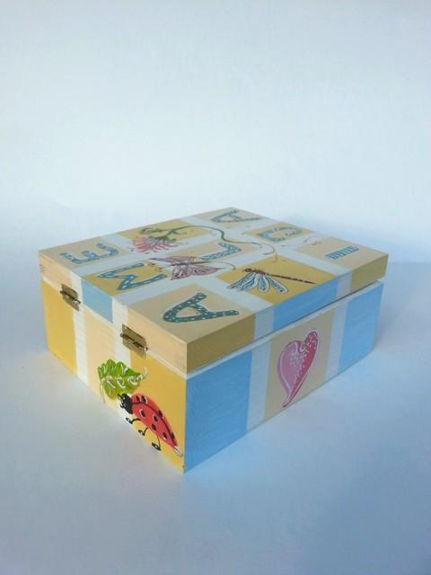 Dėžutė Amelijai