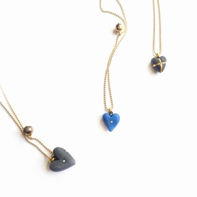 Mėlyno porceliano pakabukas širdelė